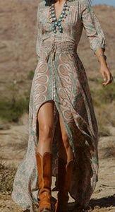 Gorgeous chiffon maxi dress